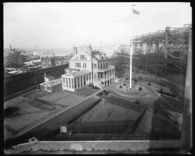 Navy Yard's Commandants Quarters