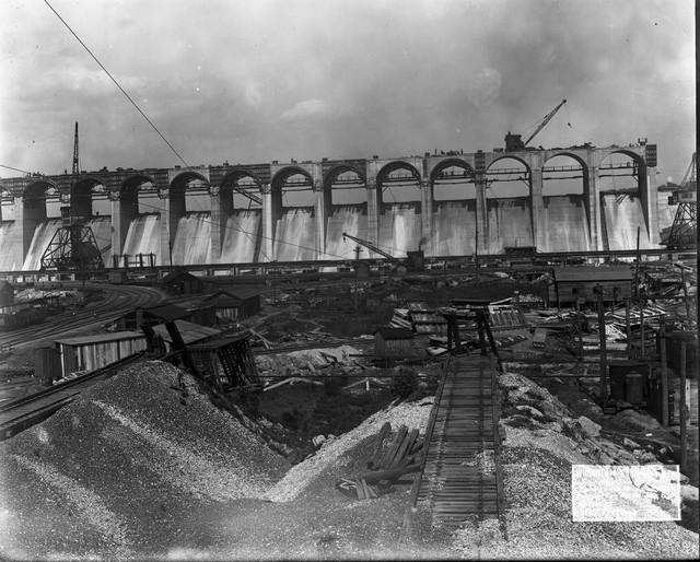 Photograph of Wilson Dam Construction