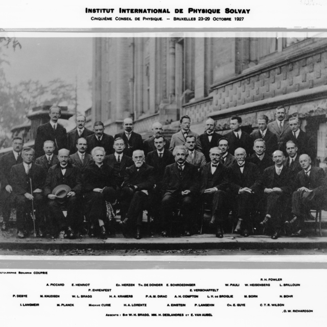 Institut International De Physique Solvay taken October 1927, with key to individuals. See also International De Physique Solvay October 1933. 1958-8 (P-44); XBD9606-02531.tif; XBB8202-01729 (complete list of participants and their affiliations see: XBD200911-00979.tif  Morgue 1962-15 (P-1) [Photographer: Donald Cooksey]