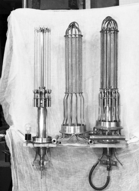 University of California Hospital, San Franciso. David Sloan X-ray tube and 300kw oscillator, 1933. [Photographer: Donald Cooksey]