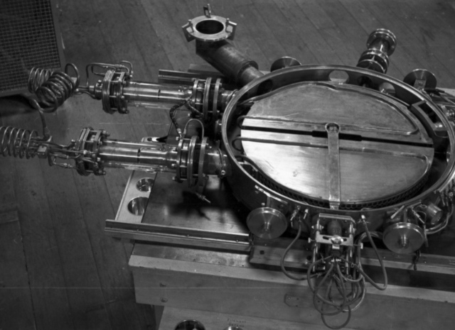 The 27-inch cyclotron tank #2 in operation from 1932 to 1936, accelerated deuterons at 4.8 MeV for the investigation of deuteron-nucleus interactions.   Cooksey  25-5, September 1, 1935. [Photographer: Donald Cooksey]