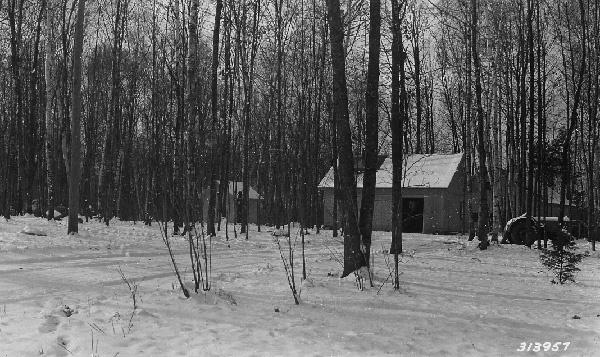 photograph-of-virgin-lake-ranger-station-04ffe2-small.jpg