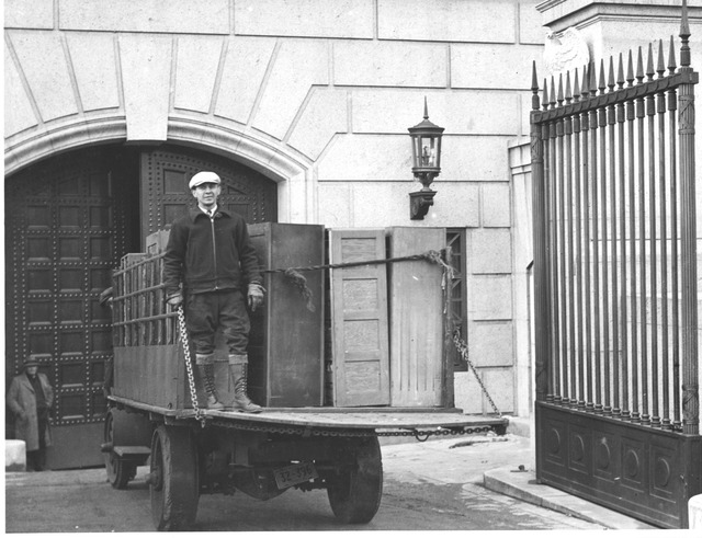 Photograph of  U.S. Food Administration Records Arriving at the National Archives Building