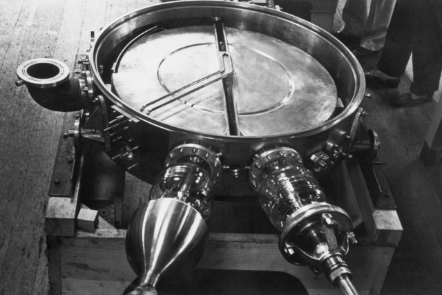 37-inch cyclotron tank #4, taken 1937.  Principal Investigator/Project: Analog Conversion Project