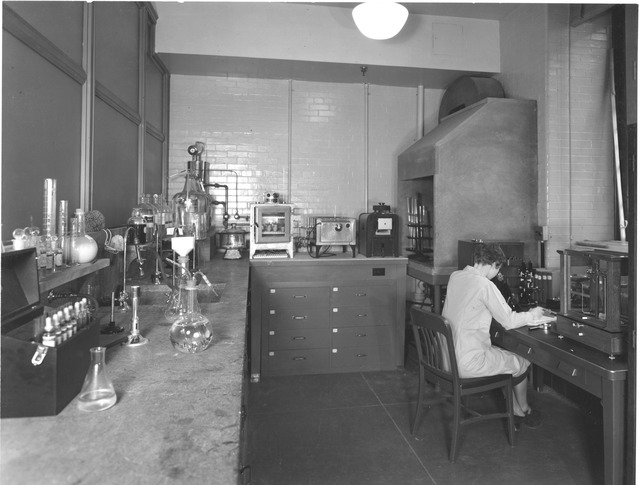 Photograph of Chemical Laboratory in the Division of Repair and Preservation at the National Archives