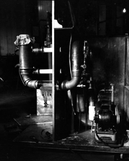 Arthur H. Snell's oscillators. Cooksey  20-21, November 1, 1937. [Photographer: Donald Cooksey]