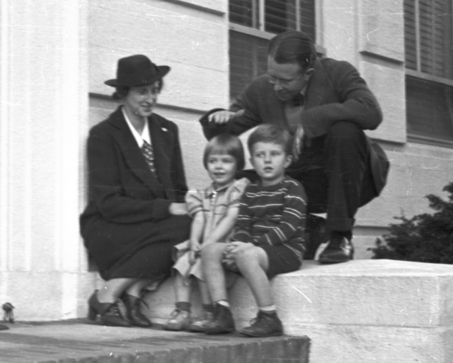 Ernest Orlando Lawrence with wife, Molly and children, Eric and Margaret on stoop of Crocker Lab.  Cooksey  12-32,  January 18, 1939. [Photographer: Donald Cooksey]