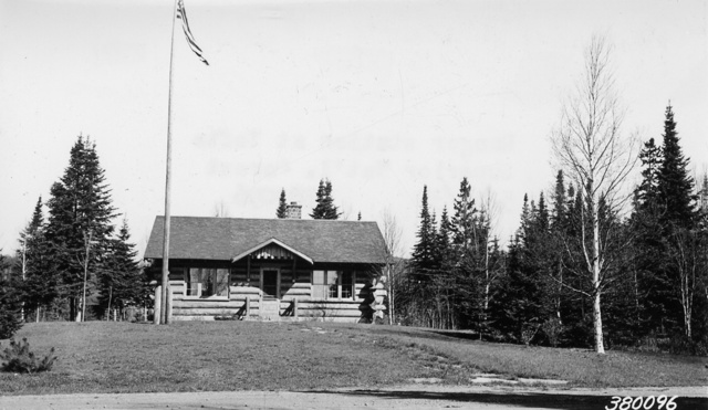 Photograph of Ranger Station at Tofte