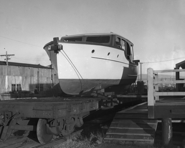 Ernest Orlando Lawrence's boat, the Delta Ray, on railroad car. Photo taken November 24, 1939. Principal Investigator/Project: Analog Conversion Project [Photographer: Donald Cooksey]