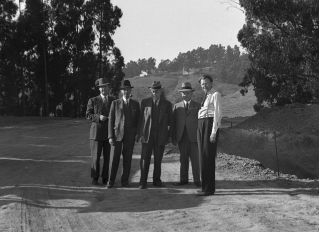 184-inch cyclotron site. Wallace B. Reynolds, Fred Hall, George Lauderbeck, Mike Pregnoff, and Ernest Orlando Lawrence, taken September 25, 1940. Principal Investigator/Project: Analog Conversion Project [Photographer: Donald Cooksey]