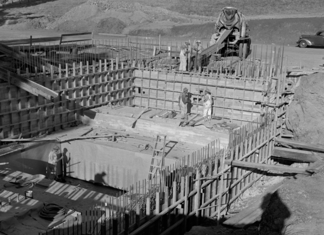 184-inch magnet foundation forms. Pouring concrete into the east wall, taken October 17, 1940. Principal Investigator/Project: Analog Conversion Project [Photographer: Donald Cooksey]