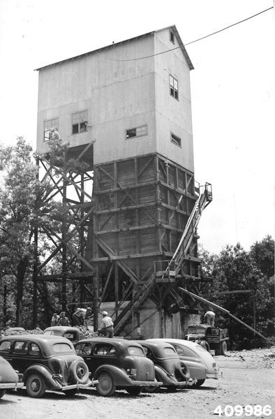 Photograph of Mahoning Mining Company Shaft