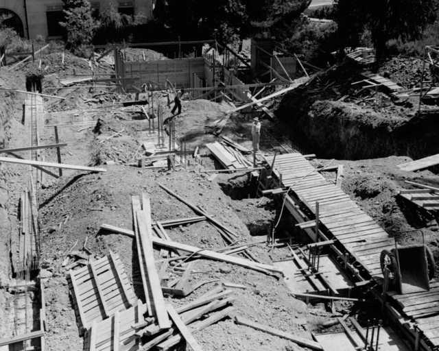Medical Physics Building (Donner Lab) construction site, taken September 8, 1941. Principal Investigator/Project: Analog Conversion Project [Photographer: Donald Cooksey]