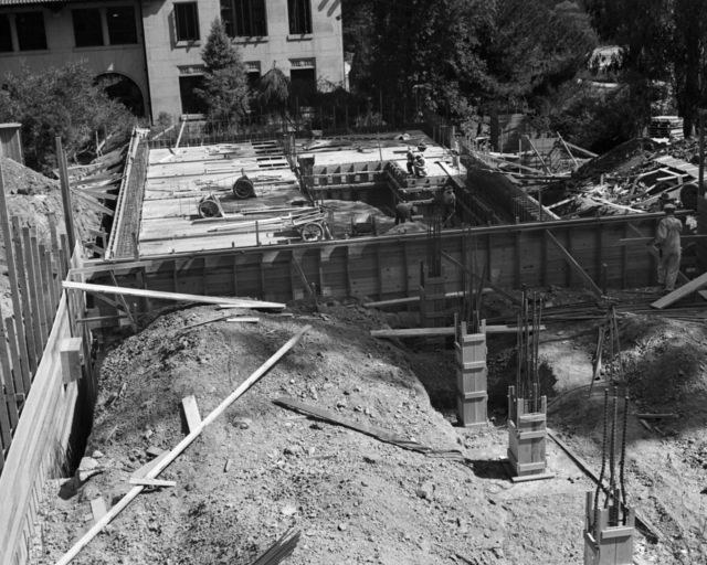 Medical Physics Building (Donner Lab) construction site, taken September 17, 1941. Principal Investigator/Project: Analog Conversion Project [Photographer: Donald Cooksey]