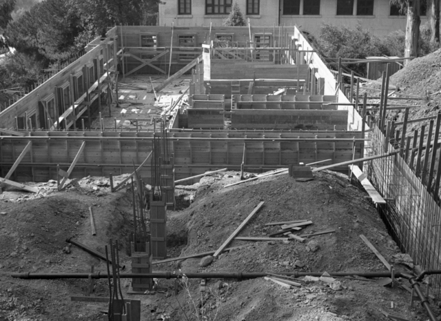 Medical Physics Building (Donner Lab) construction site, taken October 11, 1941. Principal Investigator/Project: Analog Conversion Project [Photographer: Donald Cooksey]