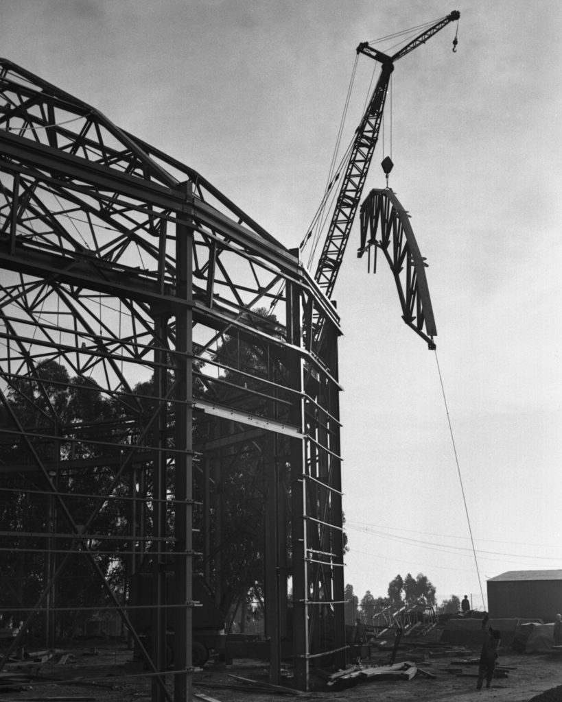 184-inch cyclotron construction with outside truss lift, taken October 23, 1941. Principal Investigator/Project: Analog Conversion Project [Photographer: Donald Cooksey]