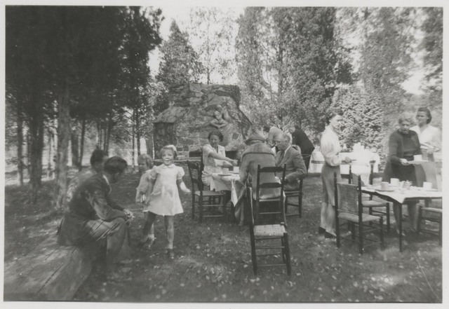 Picnic for Princess Juliana of the Netherlands at Val-kill, Hyde Park, New York