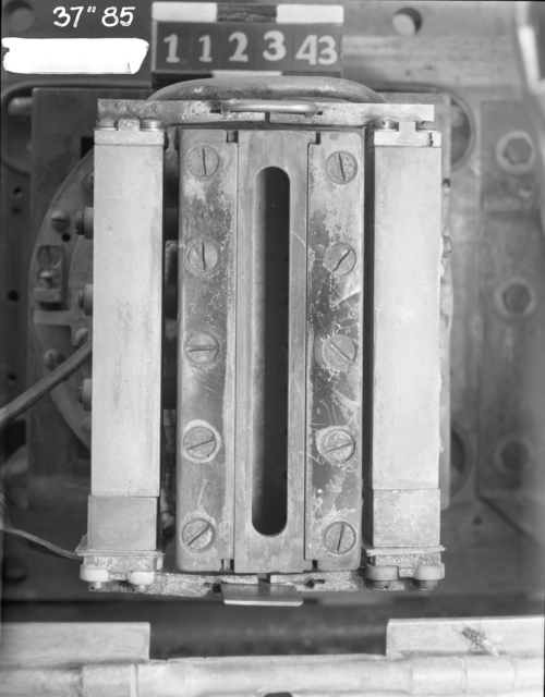 "37-inch cyclotron, M2 with tungsten plate replacing K2 underneath. Photo taken 11/23/1943. 37""-85. Principal Investigator/Project: Analog Conversion Project"