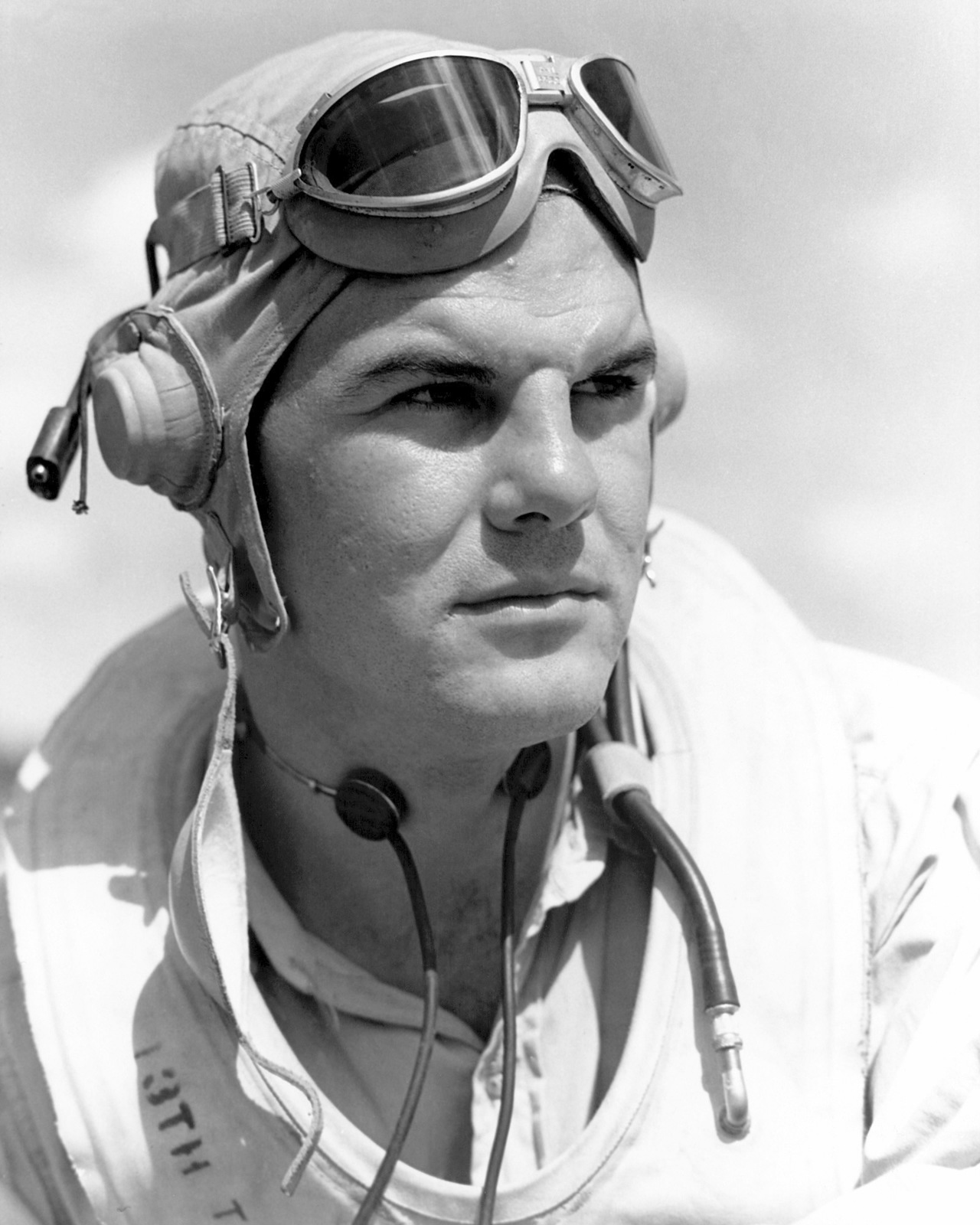 United States Marine Corps Captain (CPT) Harold L. Spears. Official Portrait