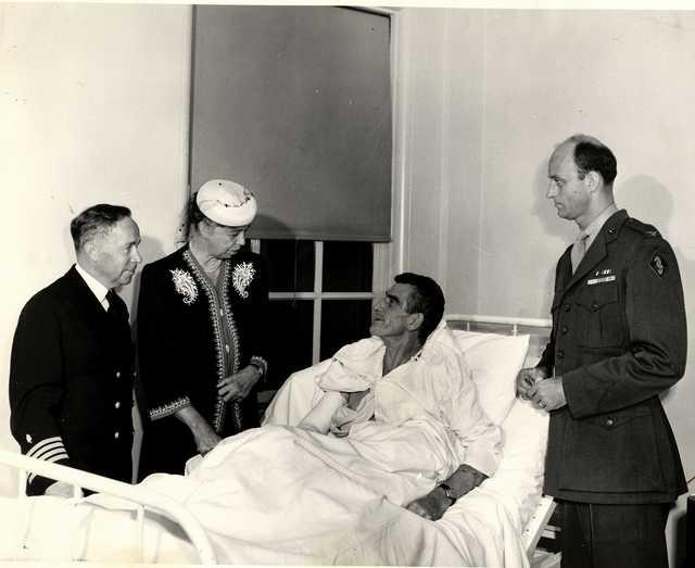 Eleanor Roosevelt Speaking with Lieutenant Colonel Evans F. Carlson