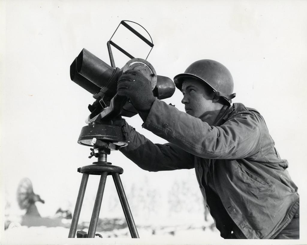 Looking Through Anti Aircraft Quick Sight