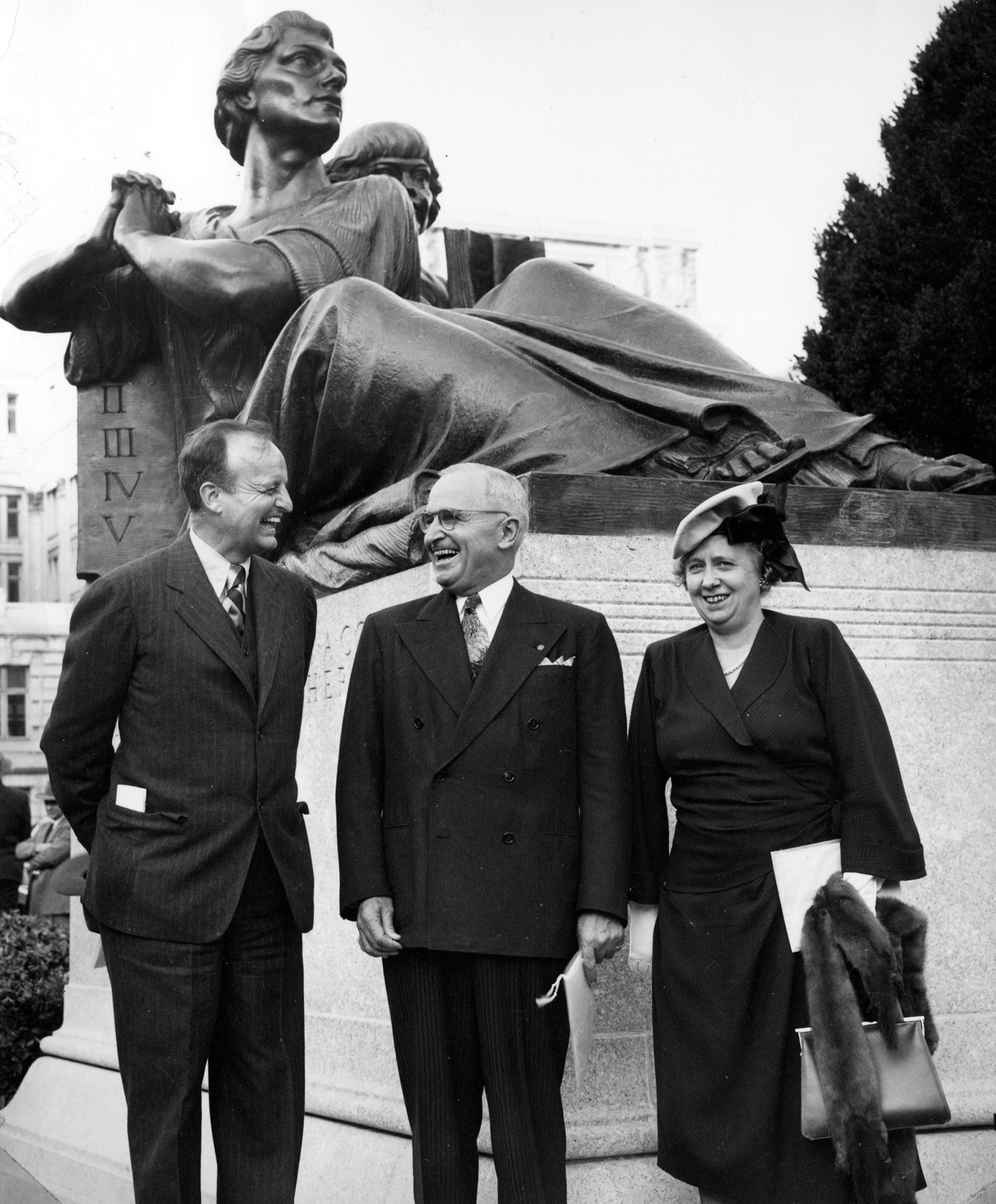 Photograph of Archibald Roosevelt, President Harry S. Truman and Bess Wallace Truman Before the Straus Memorial