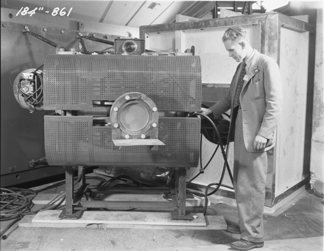 "184-inch cyclotron beam focusing magnet. Photo taken 12/03/1947. 184""-861 Principal Investigator/Project: Analog Conversion Project"