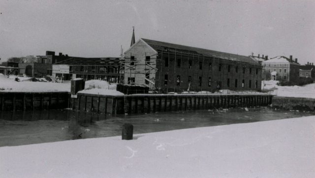 The Naval Reserve Training Facility Rises on the Central Wharf