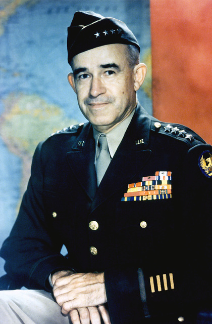 PORTAIT: US Army (USA) General (GEN) Omar Nelson Bradley. (Covered)