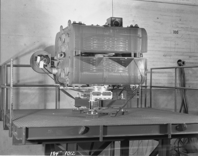 "184-inch cyclotron beam focusing magnet. Photo taken 3/31/1949. 184""-1012 Principal Investigator/Project: Analog Conversion Project"