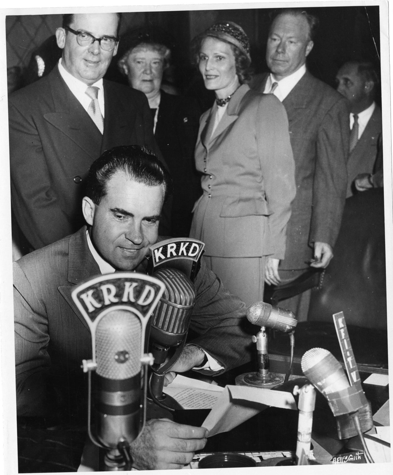 Richard Nixon delivers a radio speech at KRKD Radio in Los Angeles