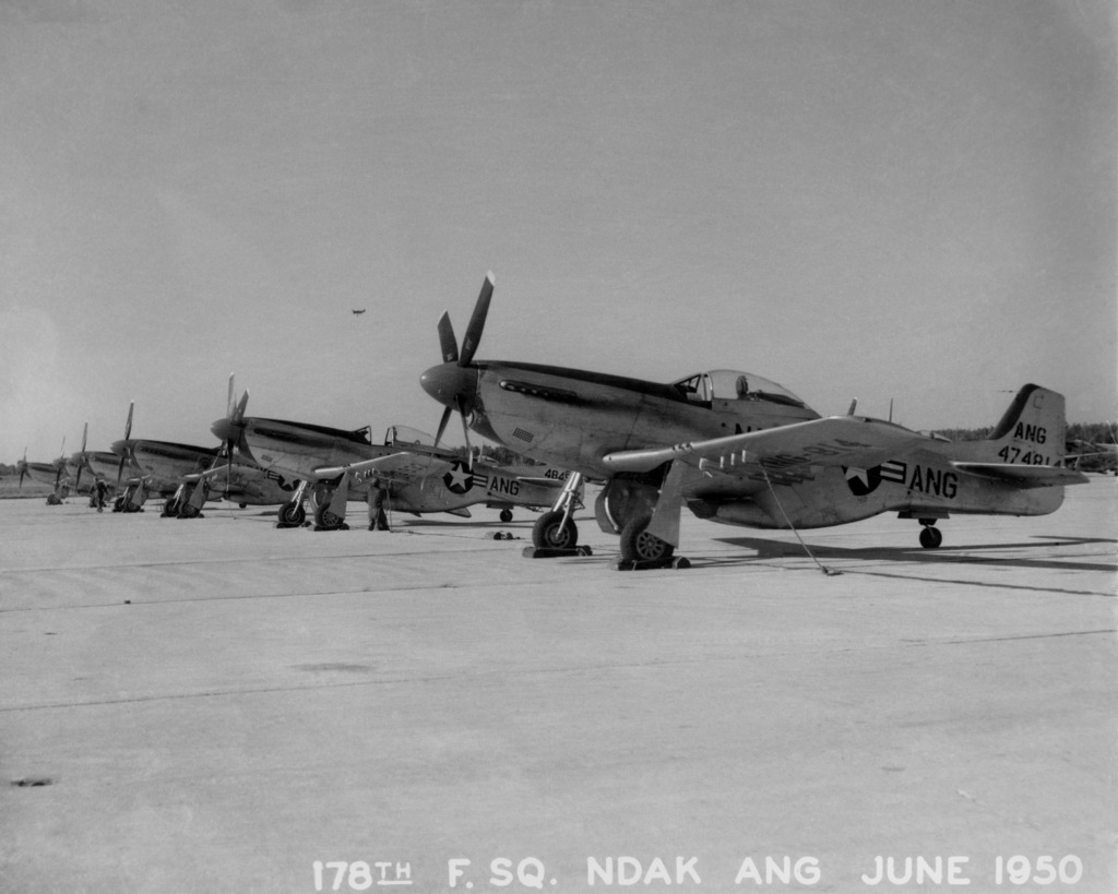 "U.S. Air Force F-51D Mustang aircraft assigned to the 119th Fighter Wing""Happy Hooligans"", 178th Fighter Squadron, North Dakota Air National Guard, at Hector Field, N.D., on June 1950. (A3604) (U.S. Air Force PHOTO) (Released)"