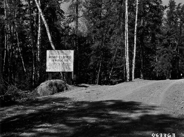 Photograph of Wilderness Road Boundary Sign on Tomahawk Sale Area