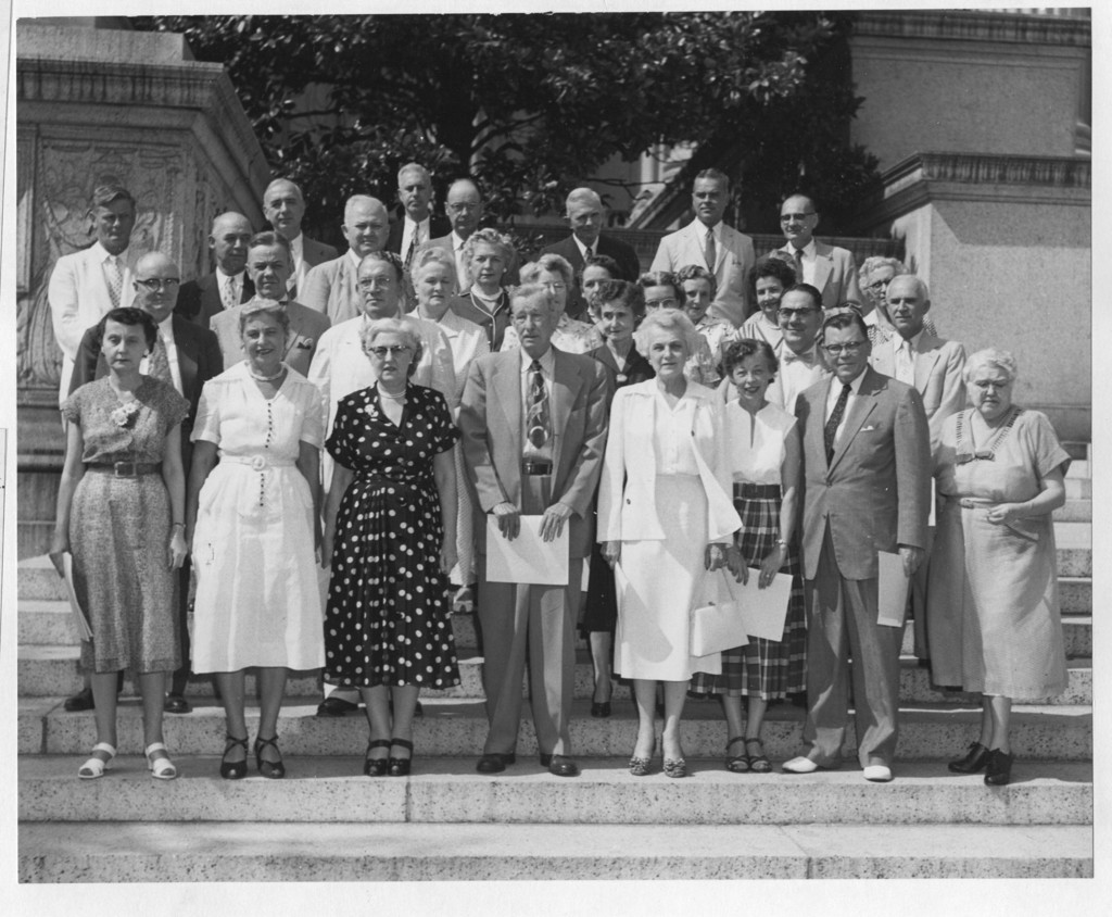 Photograph of the National Archives 20 and 30 Year Award Winners