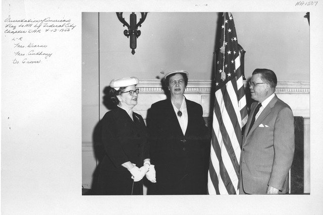 Photograph of Presentation of American Flag to National Archives by Federal City Chapter, Daughters of the American Revolution (DAR)