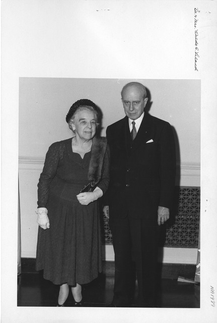 Photograph of Dr. Waldo G. Leland and Mrs. Leland at Unveiling Ceremony for His Portrait