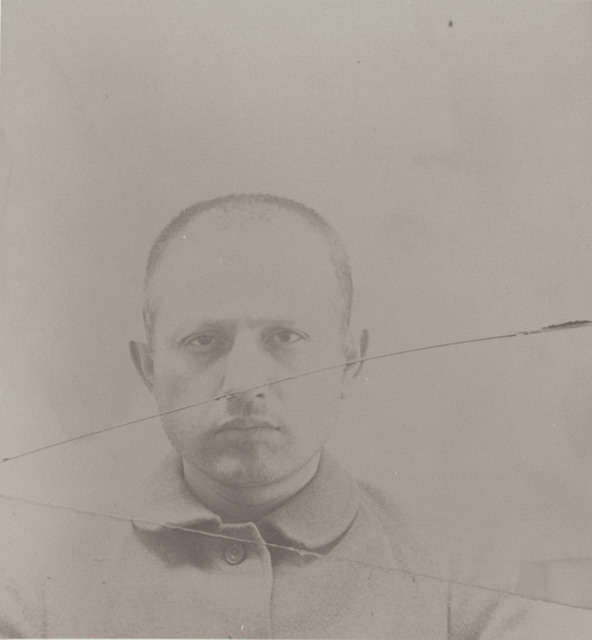 John Grindstone, Inmate Number 1 and 3760, at Leavenworth Federal Penitentiary