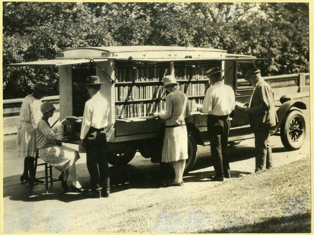 County Libraries Book Auto, Cincinnati & Hamilton Ohio