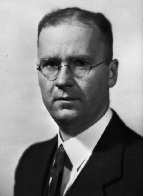 Prof. Victor Spitsyn, Director of Instutute of Physical Science, Russian visitor 10/20/1960. [Photographer: Unknown]