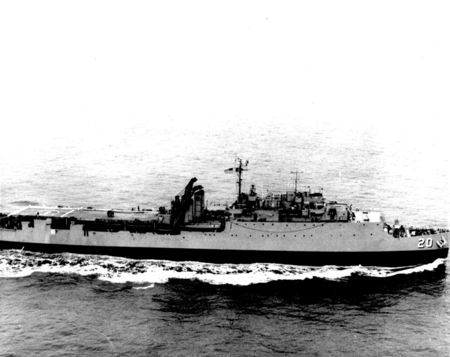Photograph of the USS Donner Moving into Position to Recover Astronaut Malcolm Scott Carpenter and Aurora 7