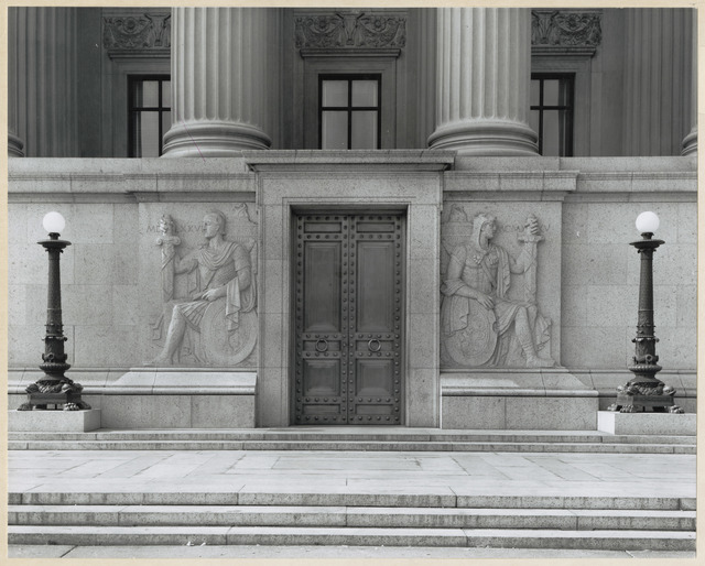 Photograph of the Pennsylvania Avenue Entrance to the National Archives Building, Washington DC