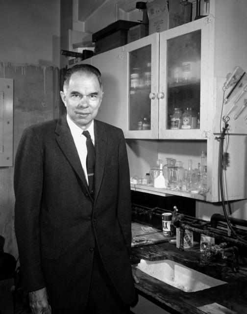 Dr. Glenn Seaborg in old plutonium laboratory, August 1962. Morgue1962-38 (P-3); CN 954 [Photographer: Donald Cooksey]