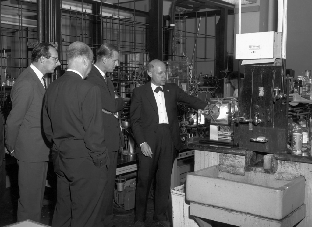 Prince Philip on tour with Melvyn Calvin in his lab, taken November 14, 1962. Morgue 1962-57 (P-4) [Photographer: Donald Cooksey]