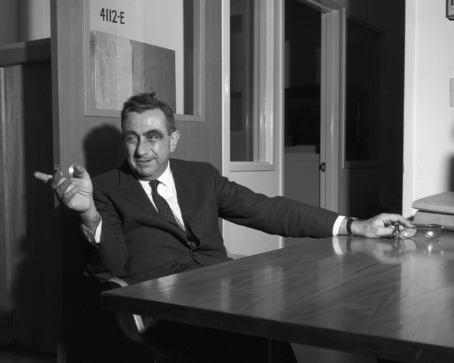 Dr. Edward Teller on the occasion of being presented the Fermi Award, November 15, 1962. Morgue 1962-58 (P-1) [Photographer: Donald Cooksey]