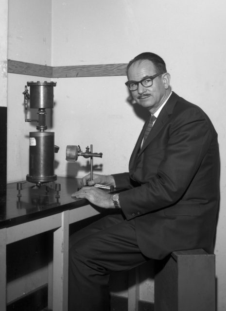 Edwin McMillan with ion chamber at Crocker Lab, taken March 3, 1966. Morgue 1966-16 (P-8) [Photographer: Donald Cooksey]