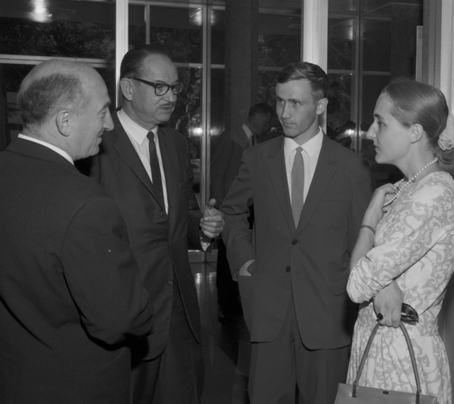 Dr. Gersh Budker, Dr. Edwin McMillan, and unnamed individuals at XIIIth High Energy Physics Conference, September 1,1966. Morgue 1966-117 (P-6) [Photographer: Donald Cooksey]