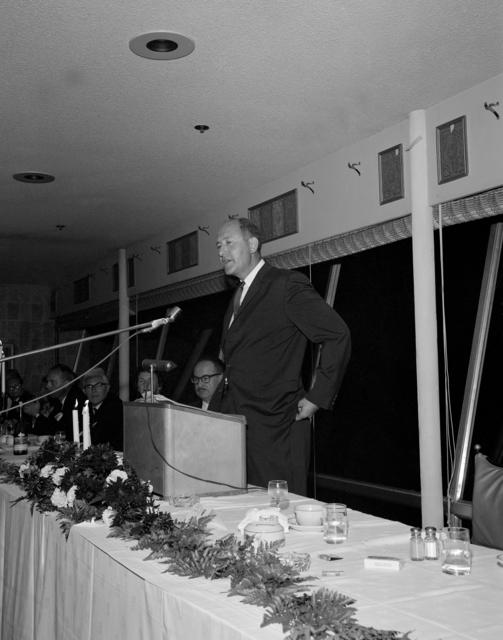 Lawrence Radiation Laboratory hosts the High Energy Physics Meeting, after-dinner speaker Robert E. Marshak of Rochester. Photo taken September 1966. Morgue 1966-158 [Photographer: Donald Cooksey]
