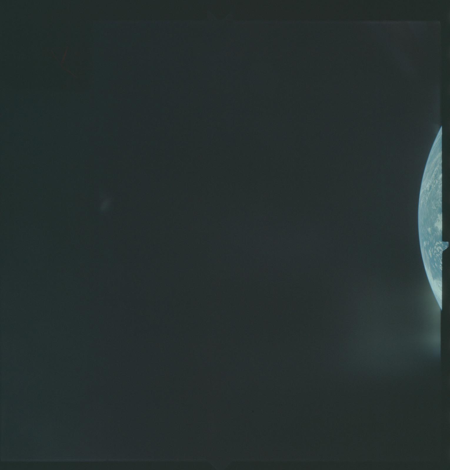 AS04-01-075 - Apollo 4