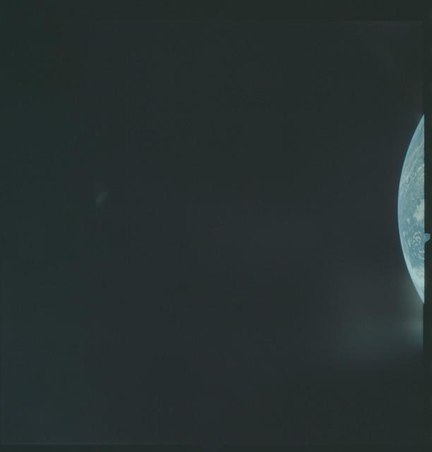 AS04-01-077 - Apollo 4