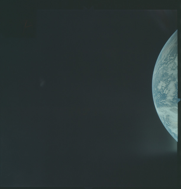 AS04-01-128 - Apollo 4